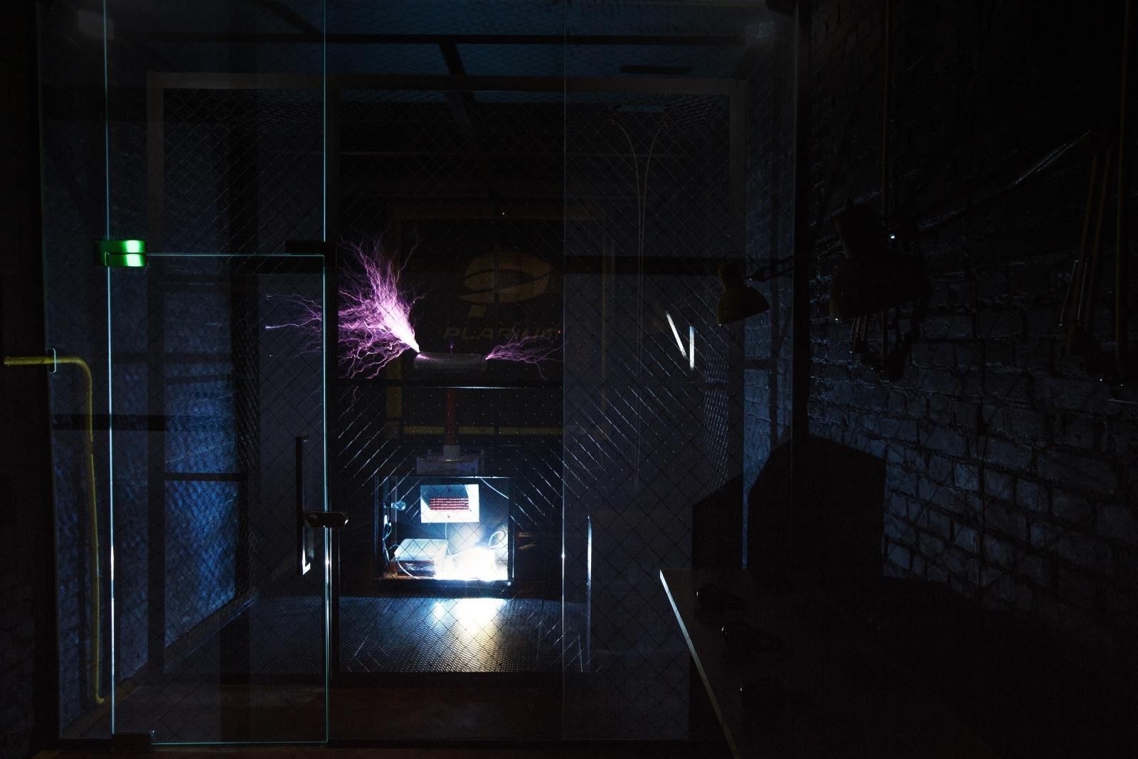 Как Тесла встретился с Ландау, или Гайд по строительству комнаты высоких энергий - 41