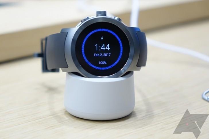 Часы LG Watch Sport и Watch Style достаточно сильно отличаются друг от друга
