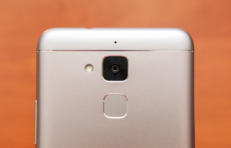 Обзор смартфона ASUS ZenFone 3 Max - 11