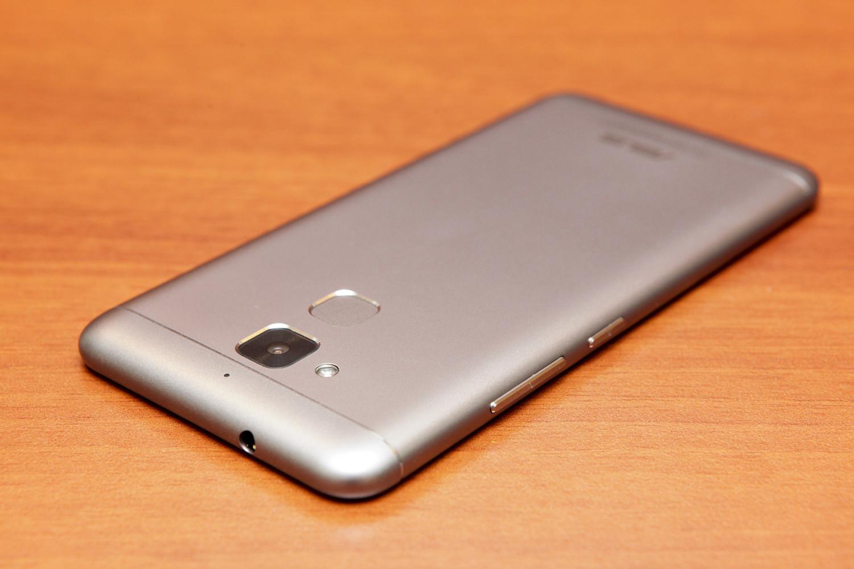 Обзор смартфона ASUS ZenFone 3 Max - 15