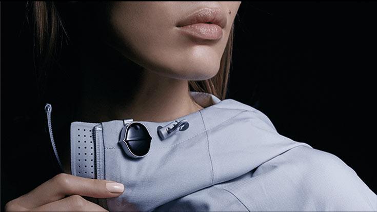 Форма Senstone, по словам создателей устройства, напоминает форму звуковой волны