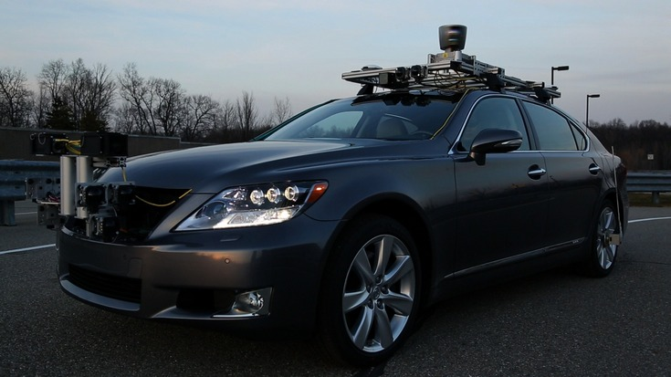 General Motors и Toyota считают, что США должны пересмотреть определённые правила, касающиеся беспилотных авто