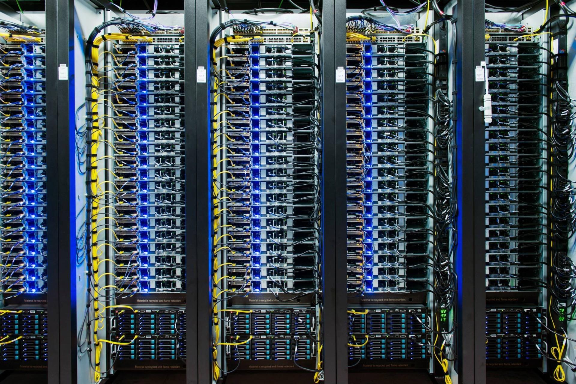 Facebook обвиняют в плагиате дата-центров - 8
