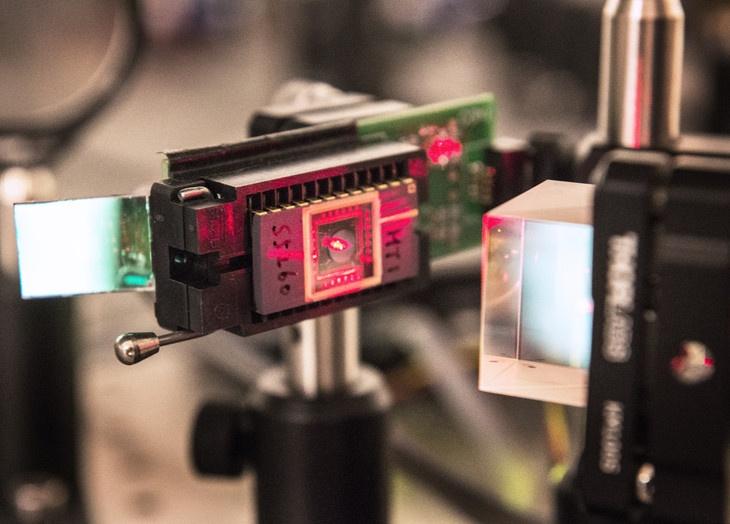 Инфракрасная оптика вместо оптоволокна в ЦОД: оригинальный проект инженеров из США - 3