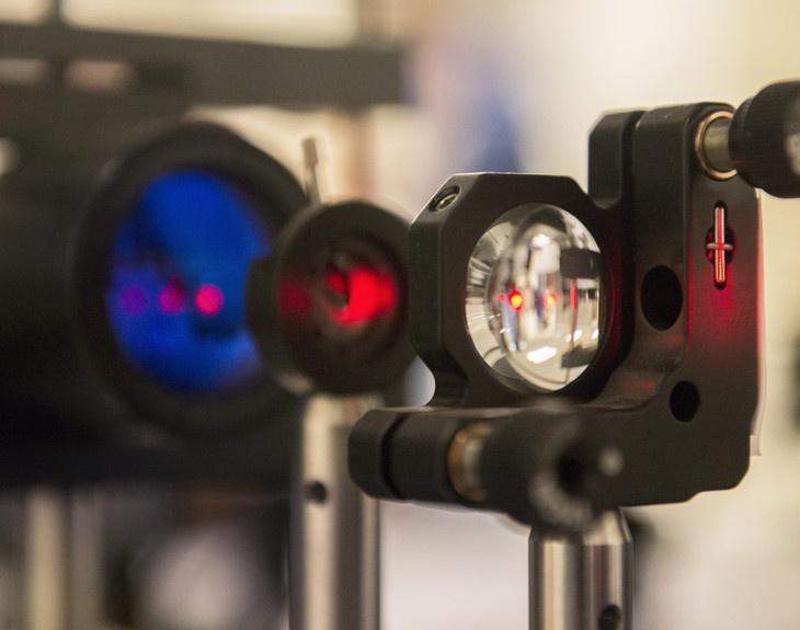 Инфракрасная оптика вместо оптоволокна в ЦОД: оригинальный проект инженеров из США - 1