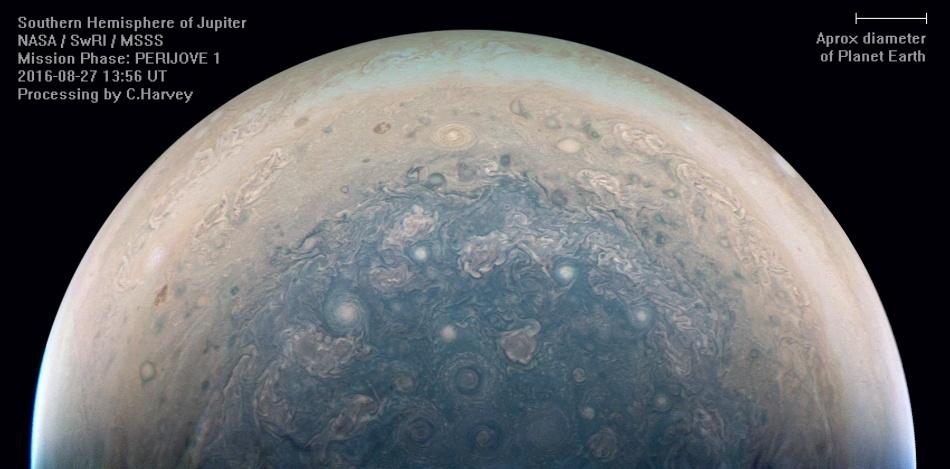 «Юнона» останется на промежуточной орбите Юпитера - 1
