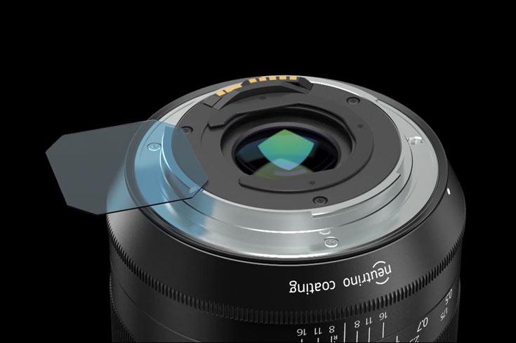 Объективы выпускаются в вариантах с креплениями Canon EF, Nikon F и Pentax K