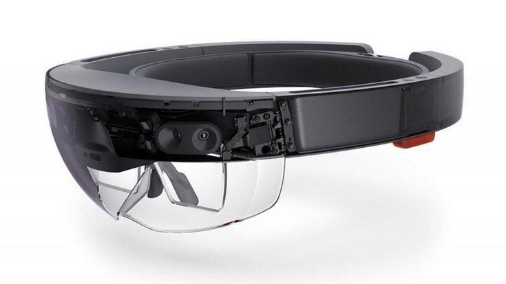 Microsoft обновит HoloLens только через пару лет