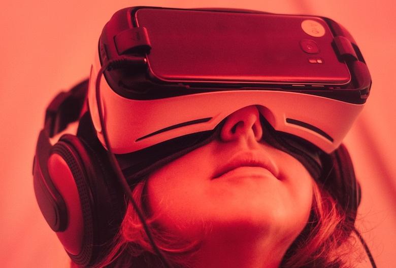 «Порог вхождения сводится к знанию основ компьютерной графики»: разработчик Александр Коршак о мобильном VR - 1