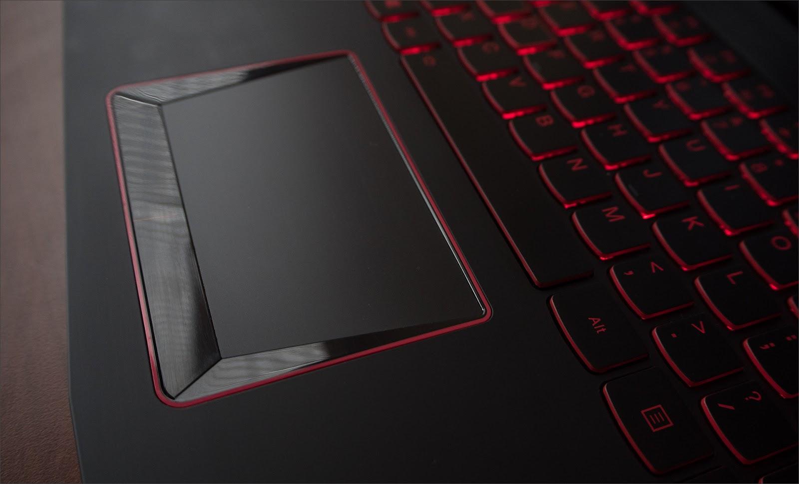 Балансируем на грани разумного с Lenovo Y520 - 10