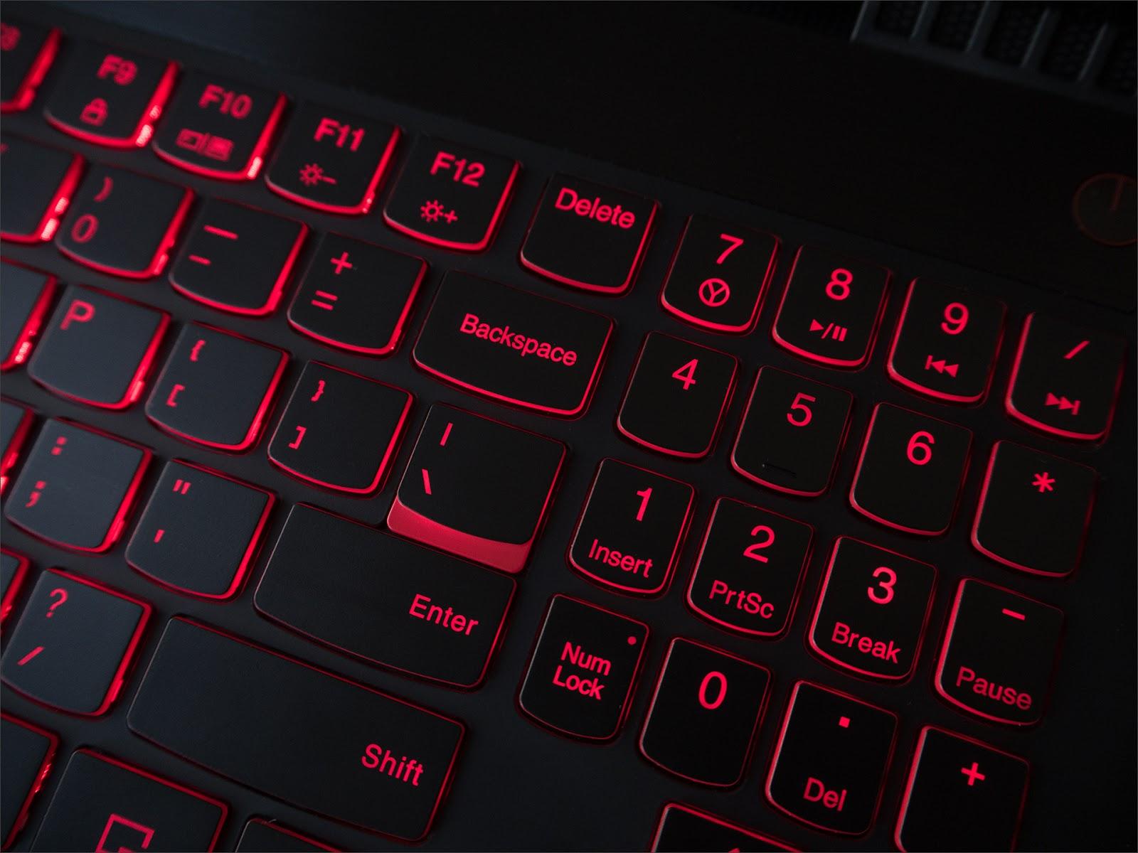 Балансируем на грани разумного с Lenovo Y520 - 8