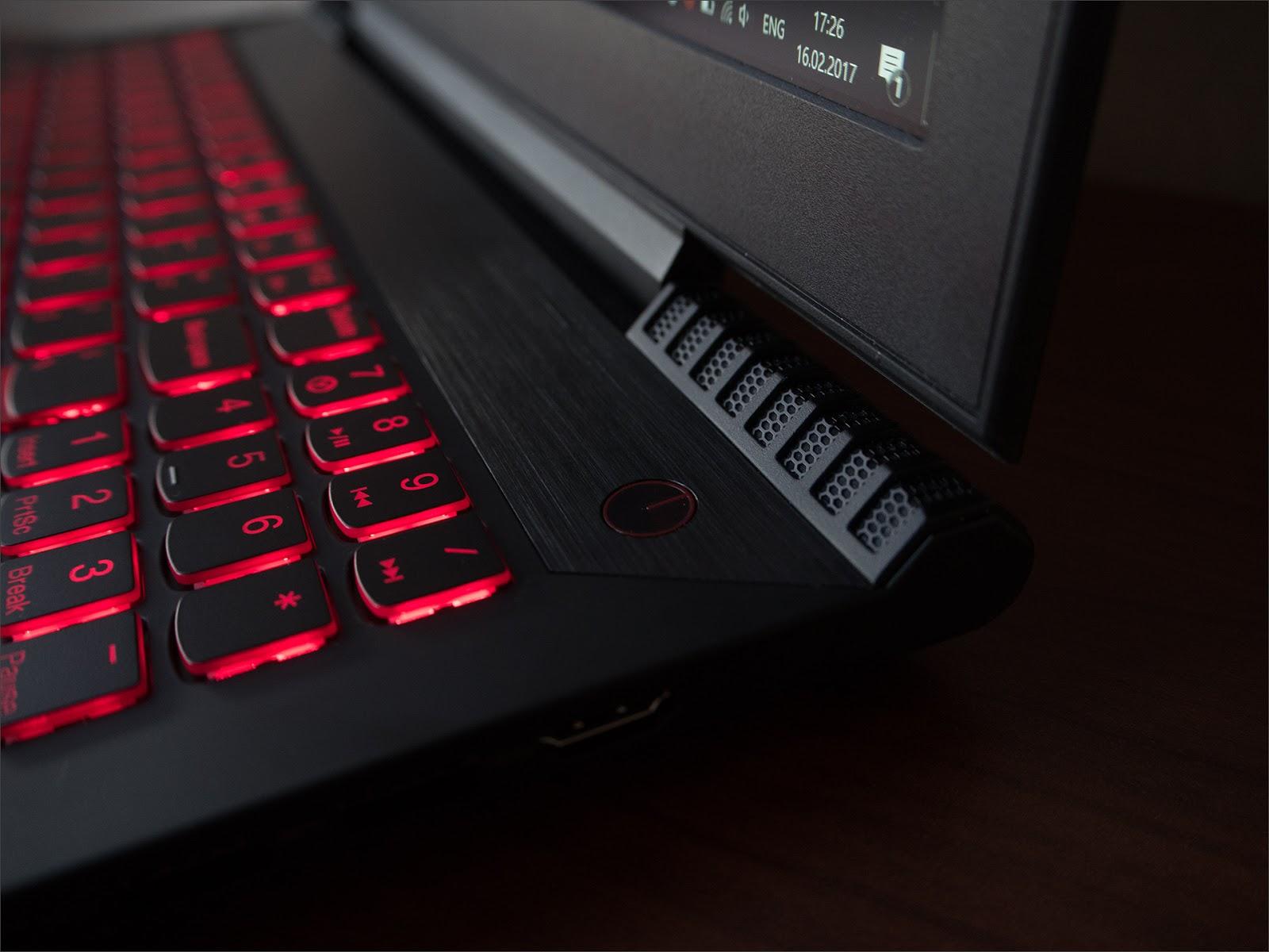Балансируем на грани разумного с Lenovo Y520 - 1