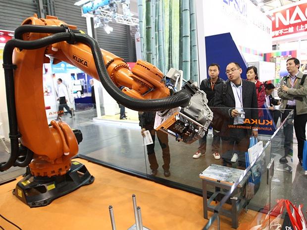 Китайская фабрика заменила 90% сотрудников роботами и получила прирост производительности в 250% - 2