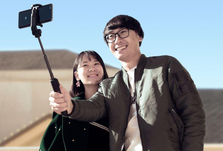 Xiaomi выпустила монопод/штатив с пультом ДУ за $13