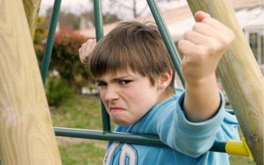Британские ученые рассказали, почему подростки агрессивные