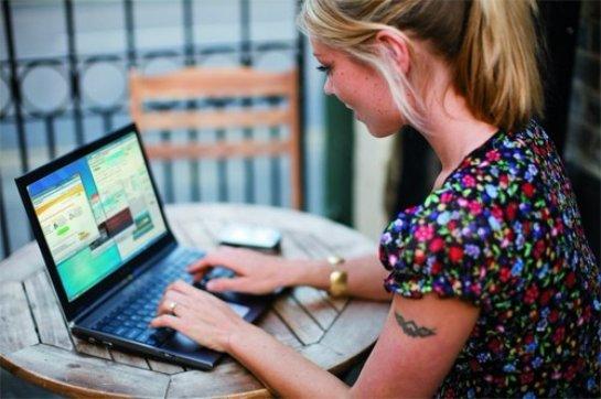 Находясь в социальных сетях, человек улучшает память