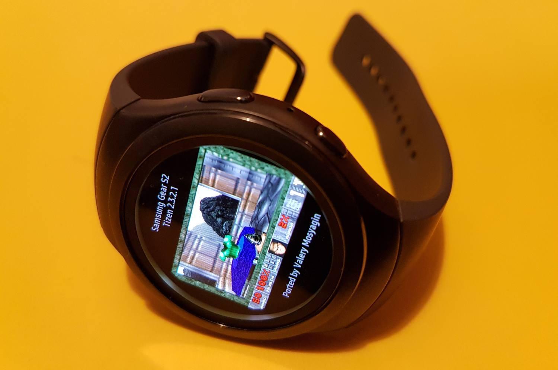 Запуск Doom на часах Samsung Gear S2 - 1