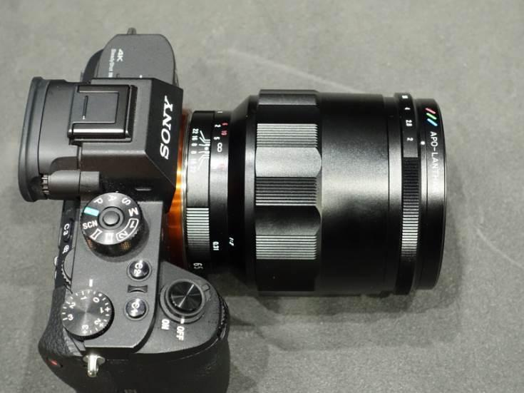 Список новинок включает модели Macro APO-Lanthar 65mm F2 Aspherical, Nokton 40mm F1.2 Aspherical и Nokton classic 35mm F1.4