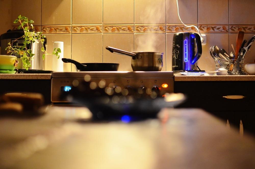 Умный чайник с разноцветной подсветкой: обзор REDMOND SkyKettle G200S - 11