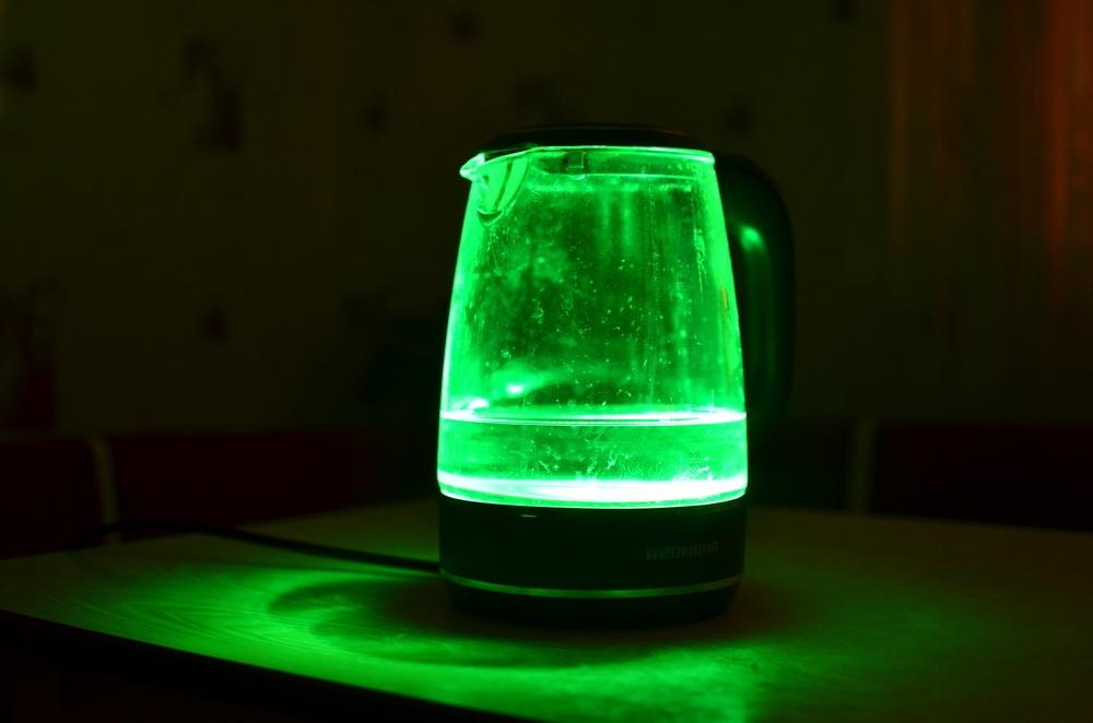 Умный чайник с разноцветной подсветкой: обзор REDMOND SkyKettle G200S - 25