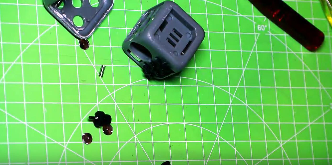 Что внутри Fidget Cube: оригинал или подделка - 15
