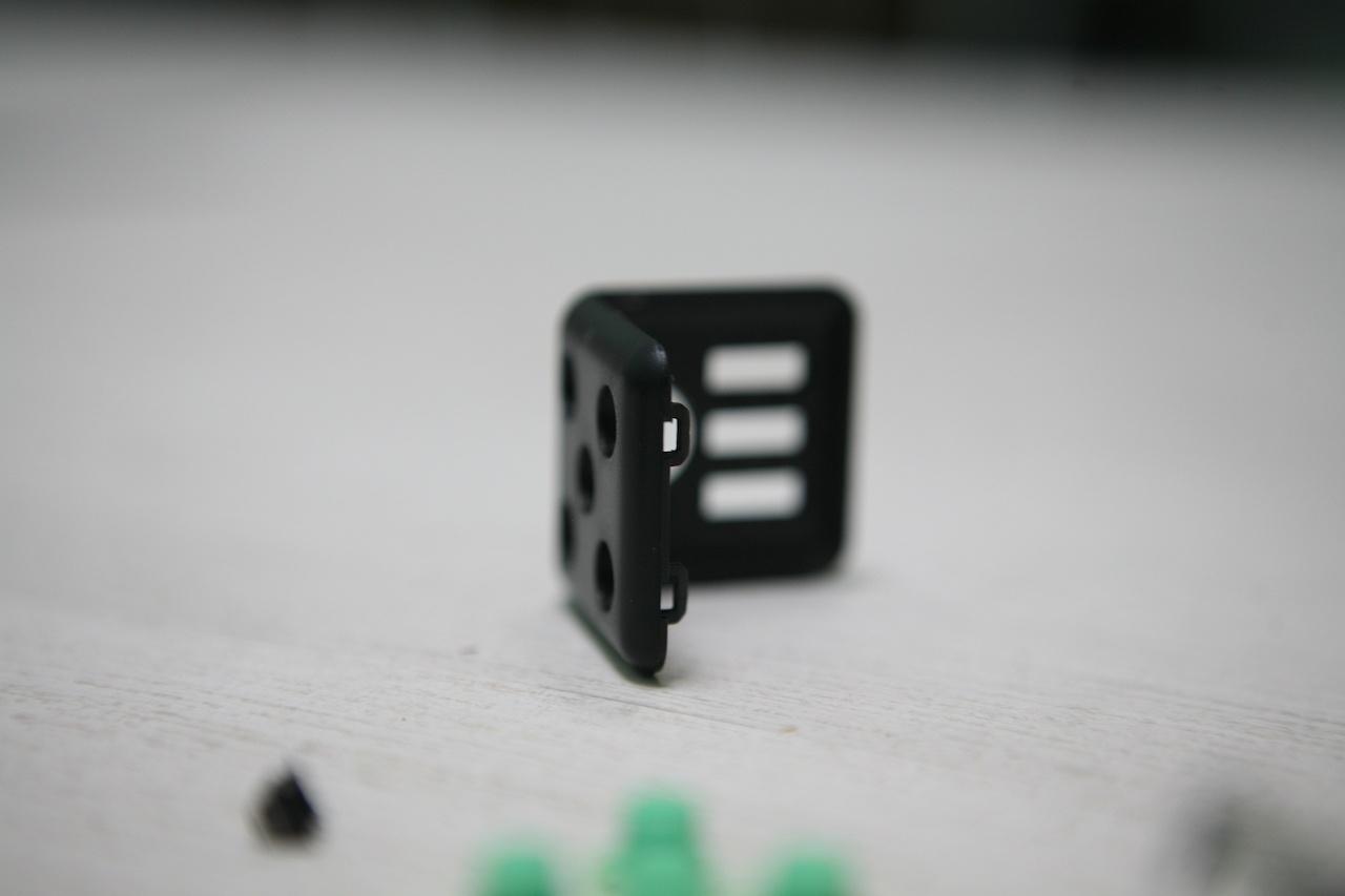 Что внутри Fidget Cube: оригинал или подделка - 34