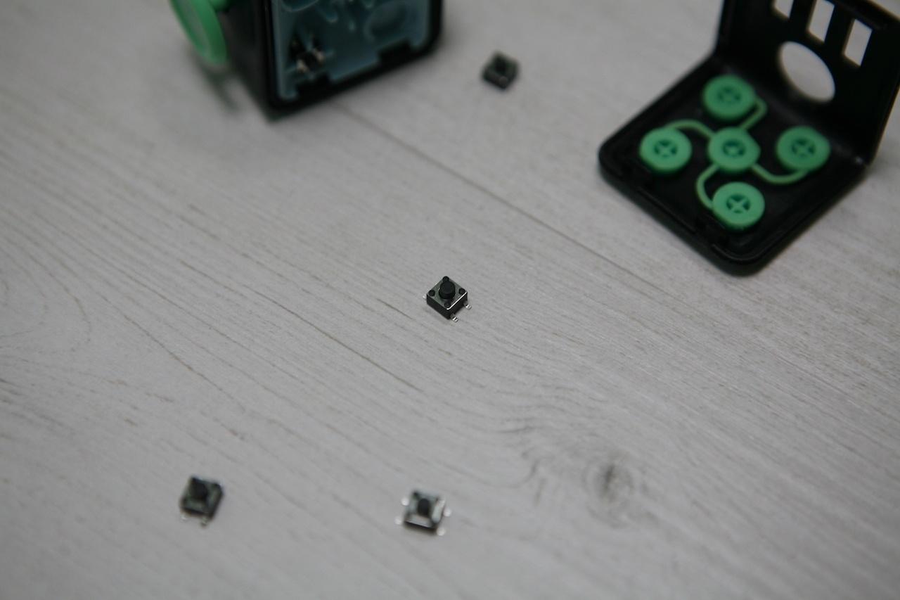 Что внутри Fidget Cube: оригинал или подделка - 36