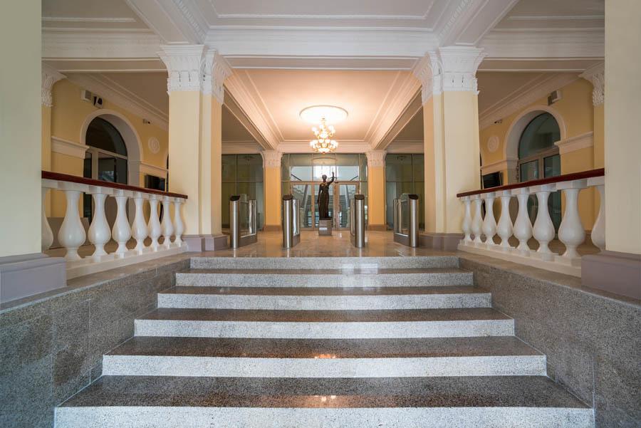 Как мы реконструировали здание суда в Смоленске: от лазерных сканов лепнины под плесенью до релиза - 38