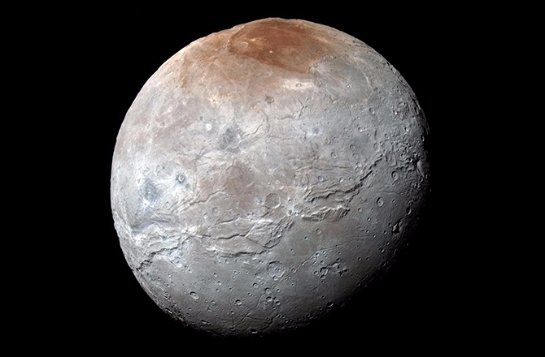 На Плутоне зафиксирован туман из органики