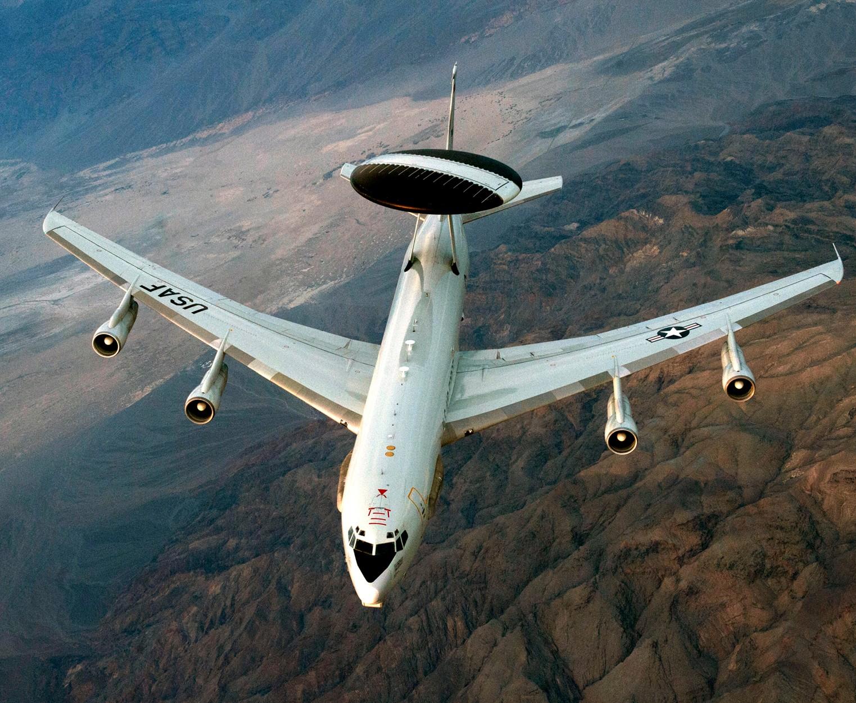 В новых компьютерах самолетов-радаров E-3G ВВС США нашли уязвимости - 2