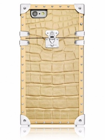 Louis Vuitton выпустила чехлы для iPhone 7 по цене до 325 000 руб.