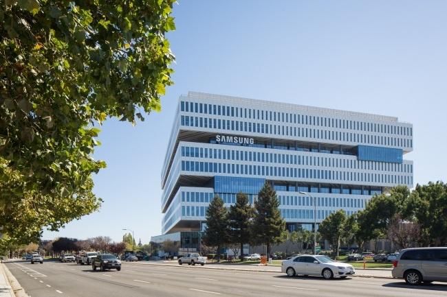 Samsung и LG откроют новые заводы в США