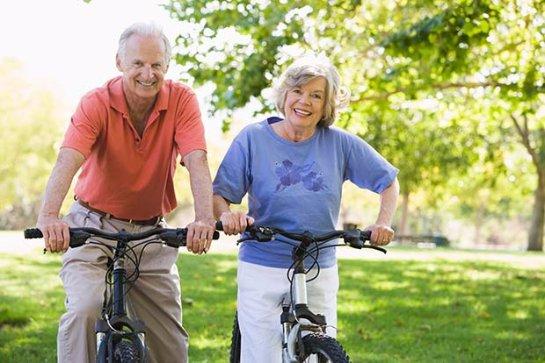 Пожилым людям лучше быть физически активными