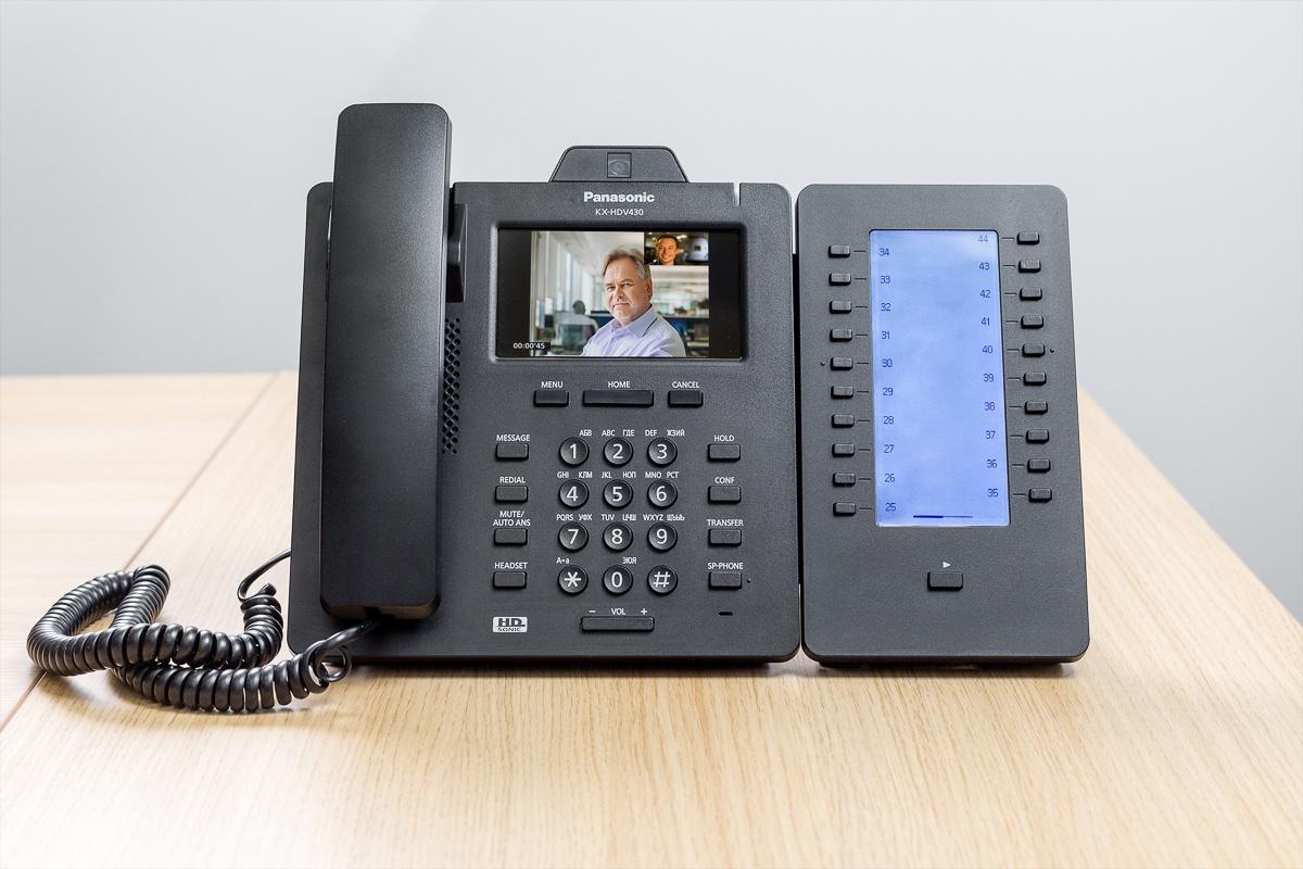 Panasonic KX-HDV430: видеотелефон корпоративного класса - 1