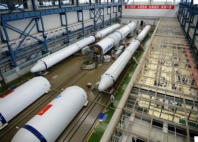 Подготовка к запуску первого китайского грузового корабля вышла на финишную прямую - 6