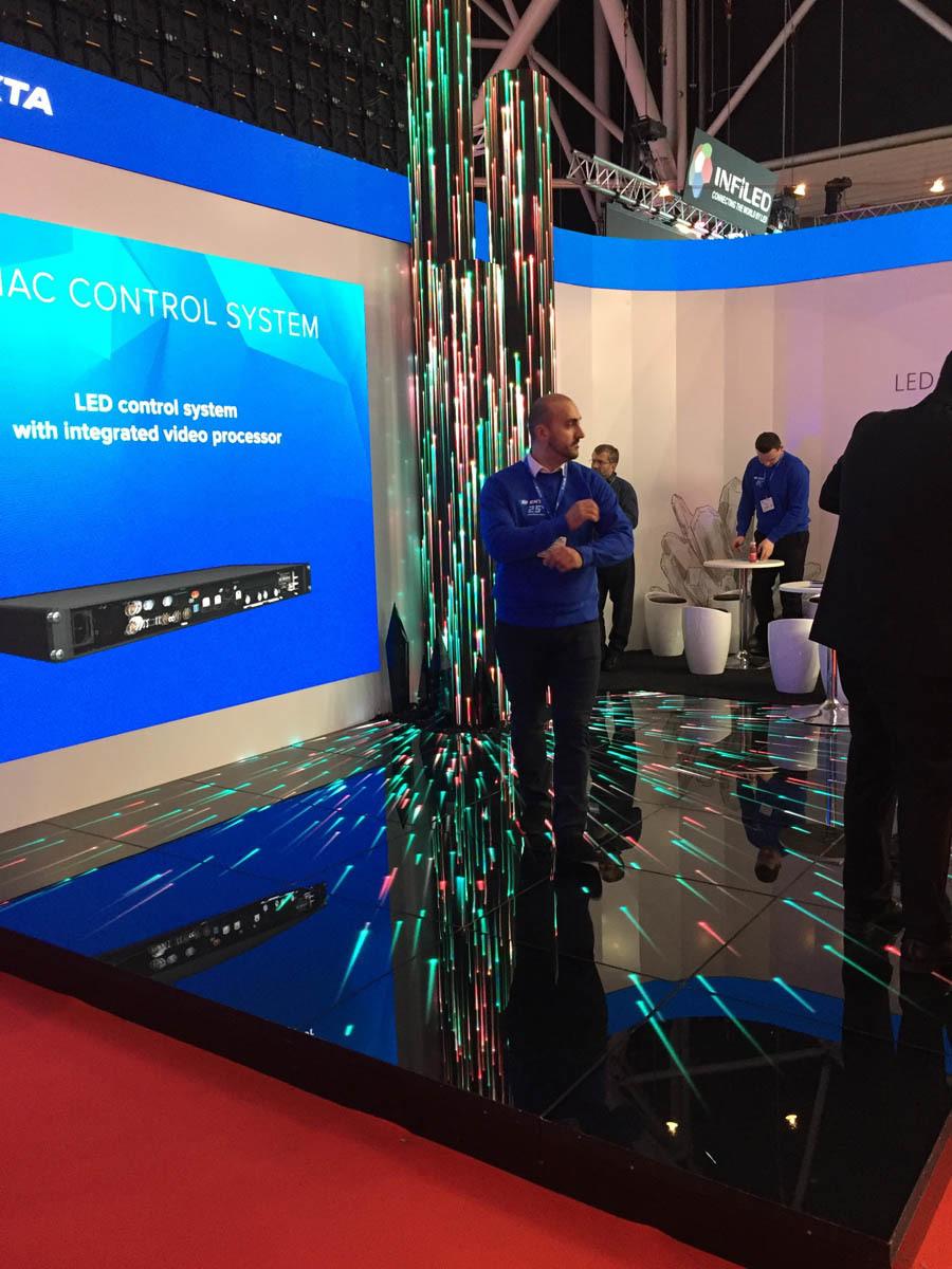 Что было на выставке ISE-2017 (средства отображения, светодиоды, софт для экранов) - 24