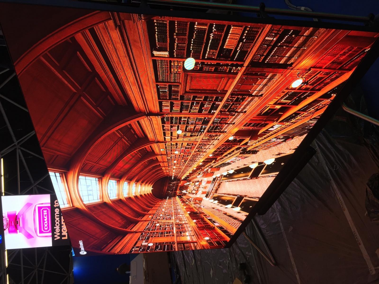 Что было на выставке ISE-2017 (средства отображения, светодиоды, софт для экранов) - 3