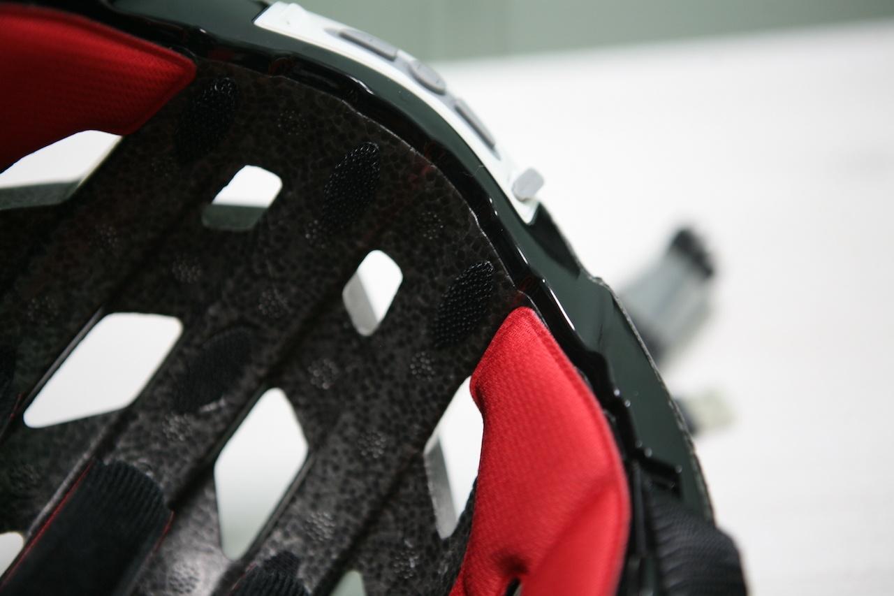 Обзор Livall: умный шлем с контроллером, микрофоном и собственным приложением - 11
