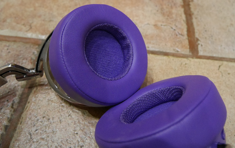 Bluedio Vinyl Premium: крутые хайтек-наушники в изящной ретро-шкуре и с «плавающими» чашками - 15