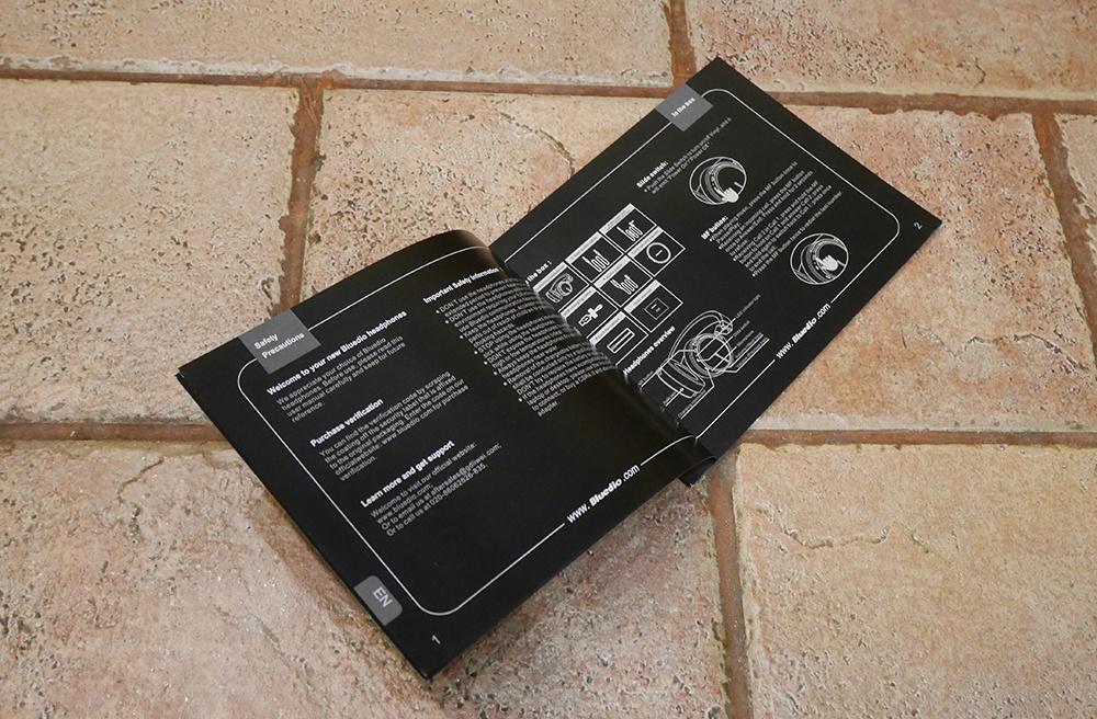 Bluedio Vinyl Premium: крутые хайтек-наушники в изящной ретро-шкуре и с «плавающими» чашками - 31