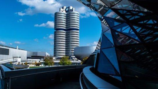 Два пьяных поляка остановили конвейер BMW на 40 минут