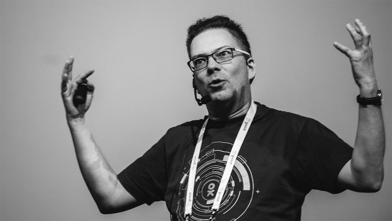 «Сложную архитектуру очень просто сделать» — интервью с Олегом Анастасьевым из Одноклассников - 3