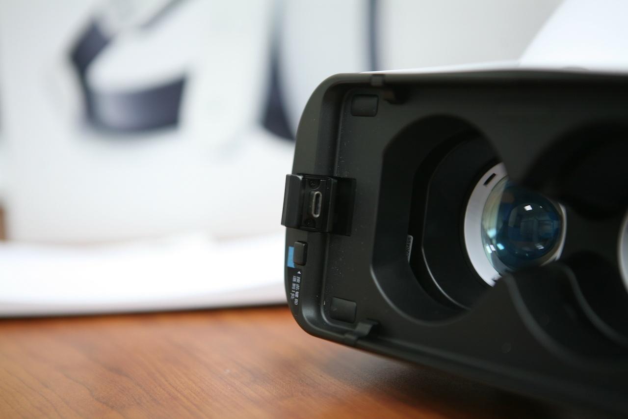 Гарнитура Xiaomi VR 2: Samsung Gear VR, но вдвое дешевле - 3