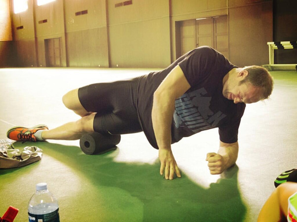 Миофасциальное расслабление с помощью BlackRoll: универсальные массажные валики для спортсменов и не только - 3