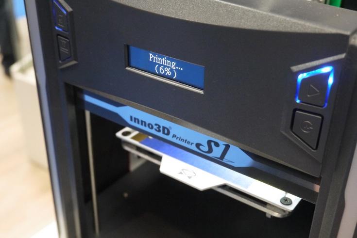 В 3D-принтере Inno3D S1 используется технология послойного наплавления