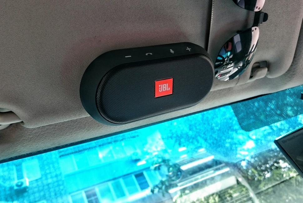 Обзор JBL Trip: автомобильная гарнитура не для уха - 4