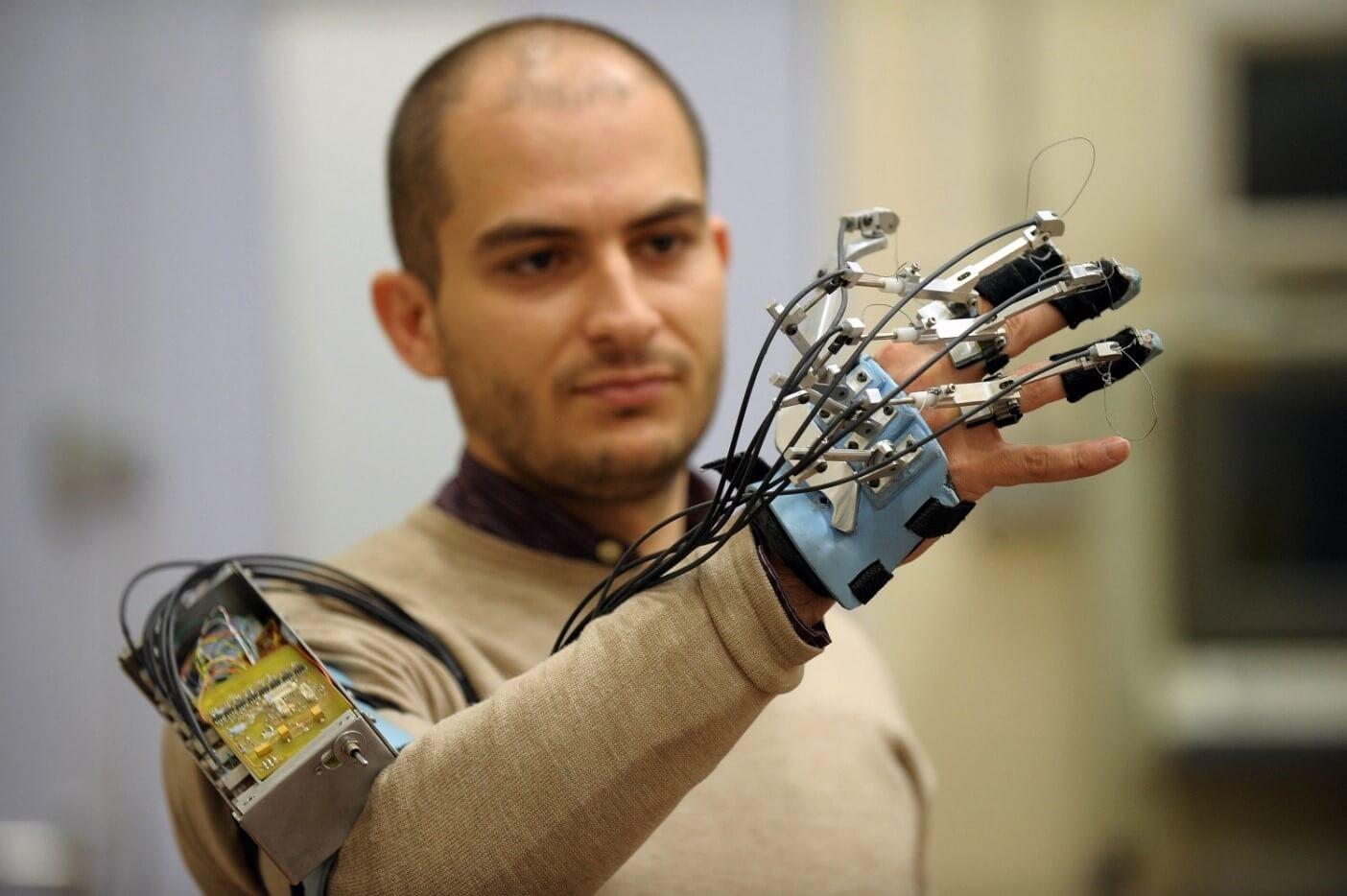 «Новая эра Web»: Университет ИТМО начинает подготовку IT-специалистов в области нейротехнологий - 1
