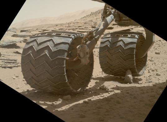 Разрушение колёс Curiosity пока не угрожает миссии марсохода - 5