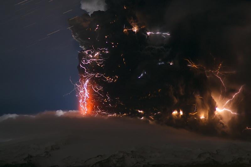 Удивительные вулканические молнии - 3