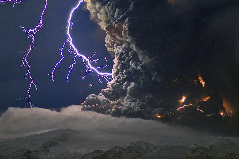 Удивительные вулканические молнии - 4
